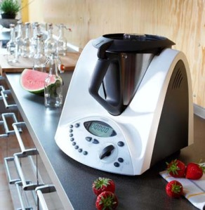 Thermomix_on_countertop_1Mb