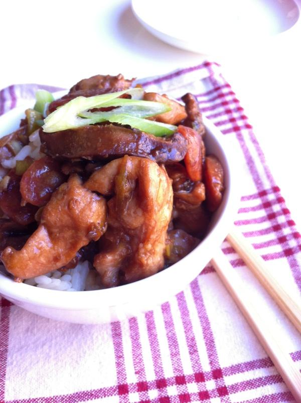 Steamed Chicken & Lup Chong Hotpot