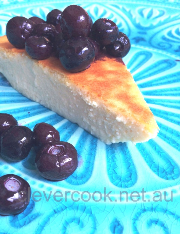 Almond flan with blueberries