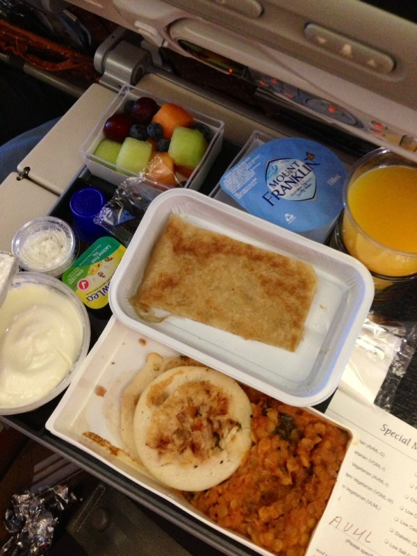 My Asian vegetarian meal c/- Qantas. The blueberries were a hit!
